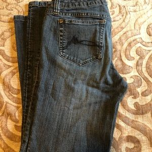 Low rise size 11 skinny jeans